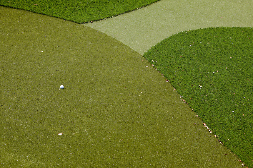 Dave Pelz's short-game golf practice facility at his home near Austin, Texas is made of synthetic grass designed to match the characteristics of grass found on PGA golf courses. May 22, 2012.  Lance Rosenfield / Prime for The Wall Street Journal. GOLF-Pelz