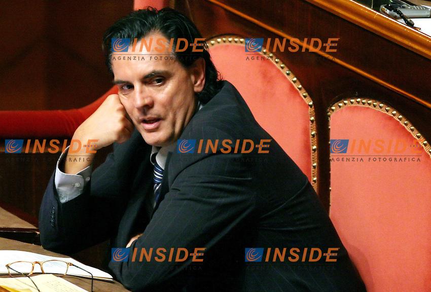 Roma 27-07-2006 Senato,ordine del giornao:Disposizioni per la partecipazione italiana alle missioni internazionali.<br /> Nella foto Gianni Fosco PRC uno dei senatori  dissidenti<br /> Photo Serena Cremaschi Insidefoto