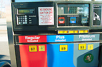 GAS STATION: SERVICE PUMP<br />