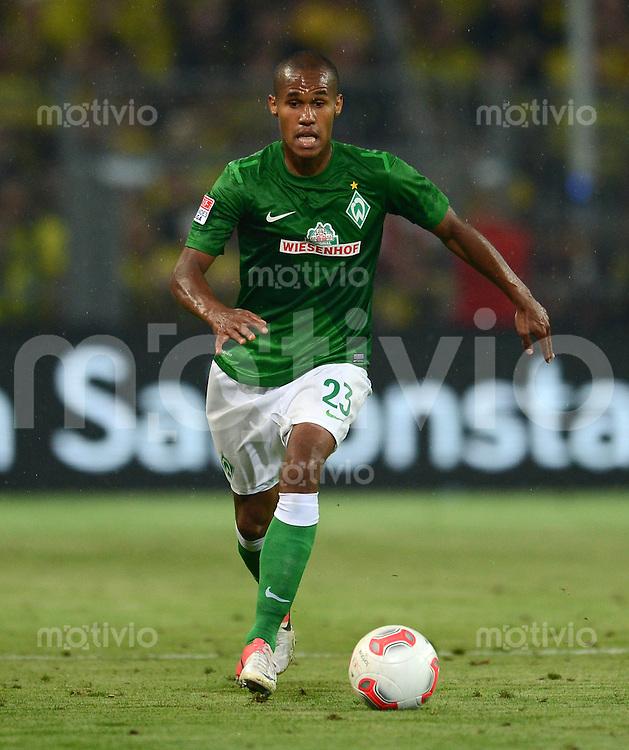 FUSSBALL   1. BUNDESLIGA   SAISON 2012/2013   1. SPIELTAG Borussia Dortmund - SV Werder Bremen                  24.08.2012      Theodor Gebre Selassie (SV Werder Bremen)