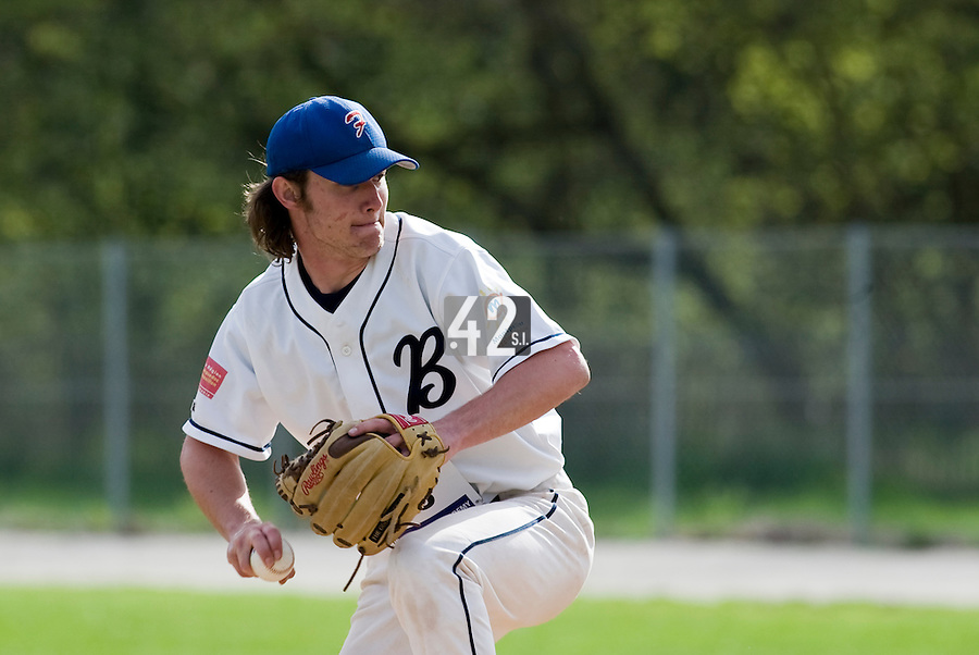 18 April 2006: Edouard Masse pitches during the third of seven 2006 MLB European Academy Try-out Sessions throughout Europe, at Stade Pershing, INSEP, near Paris, France. Try-out sessions are run by members of the Major League Baseball Scouting Bureau with assistance from MLBI staff.
