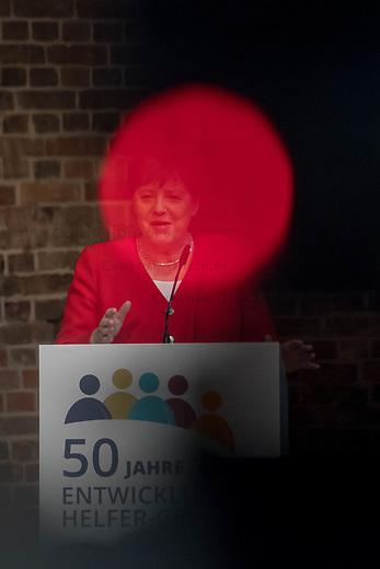 """Veranstaltung """"50 Jahre Entwicklungshelfer-Gesetz – 'Die Welt im Gepaeck'"""" am Freitag den 12. Juli 2019 in der Berliner St. Elisabethkirche.<br /> Als Gast war die Bundeskanzlerin Angela Merkel geladen.<br /> Den Ehrentag fuer zurueckgekehrte Entwicklungshilfe-Fachkraefte veranstalten die Gemeinsame Konferenz Kirche und Entwicklung (GKKE) und die Arbeitsgemeinschaft der Entwicklungsdienste (AGdD).<br /> Im Bild: Bundeskanzlerin Angela Merkel.<br /> 12.7.2019, Berlin<br /> Copyright: Christian-Ditsch.de<br /> [Inhaltsveraendernde Manipulation des Fotos nur nach ausdruecklicher Genehmigung des Fotografen. Vereinbarungen ueber Abtretung von Persoenlichkeitsrechten/Model Release der abgebildeten Person/Personen liegen nicht vor. NO MODEL RELEASE! Nur fuer Redaktionelle Zwecke. Don't publish without copyright Christian-Ditsch.de, Veroeffentlichung nur mit Fotografennennung, sowie gegen Honorar, MwSt. und Beleg. Konto: I N G - D i B a, IBAN DE58500105175400192269, BIC INGDDEFFXXX, Kontakt: post@christian-ditsch.de<br /> Bei der Bearbeitung der Dateiinformationen darf die Urheberkennzeichnung in den EXIF- und  IPTC-Daten nicht entfernt werden, diese sind in digitalen Medien nach §95c UrhG rechtlich geschuetzt. Der Urhebervermerk wird gemaess §13 UrhG verlangt.]"""
