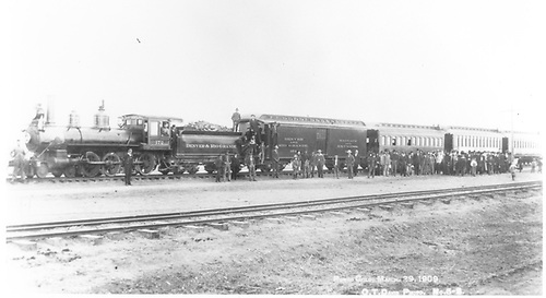 Engine #172 pulling passenger train.<br /> D&amp;RG  Romeo, CO  Taken by Davis, O. T. - 3/29/1909
