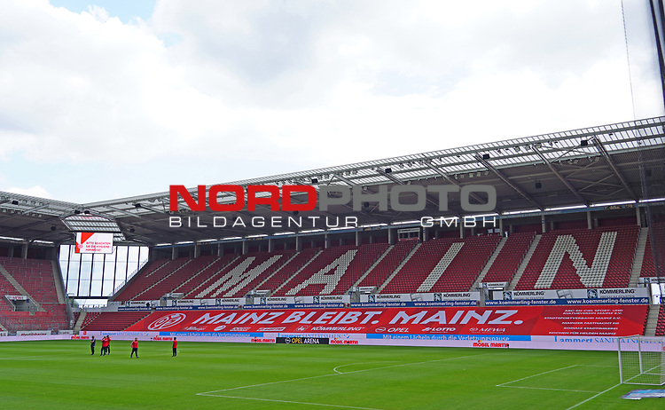 Fussball - 1. BL - 1. FSV Mainz 05 - SV Werder Bremen - 20.06.2020,<br />v.l.<br /><br />Bildnachweis: hasan bratic/rscp-photo<br /><br />DFL regulations prohibit any use of photographs as image sequences and/or quasi-video.<br />EDITORIAL USE ONLY.<br />National and international News-Agencies OUT.<br /><br /><br /> DFL REGULATIONS PROHIBIT ANY USE OF PHOTOGRAPHS AS IMAGE SEQUENCES AND OR QUASI VIDEO<br />EDITORIAL USE ONLY<br />NATIONAL AND INTERNATIONAL NEWS AGENCIES OUT