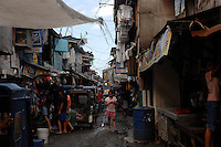 The Basico port area slum of Manila.  More than 300 have sold their kidneys in this slum of 16,000 people.<br />