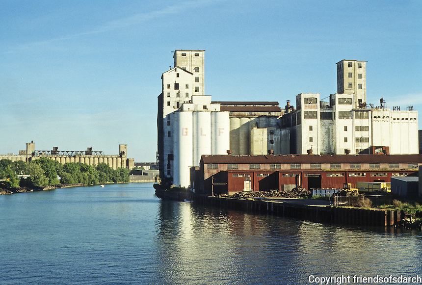 Buffalo: Buffalo River--Looking east; Standard Elevator, left background; Agway. right foreground. Photo '88.