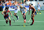 The Hague, Netherlands, June 08: During the first half during the field hockey group match (Women - Group B) between USA and Germany on June 8, 2014 during the World Cup 2014 at GreenFields Stadium in The Hague, Netherlands. Final score 4-1 (1-0) (Photo by Dirk Markgraf / www.265-images.com) *** Local caption *** (L-R) Julia Reinprecht #12 of USA, Kristina Hillmann #9 of Germany, Emily Wold #13 of USA
