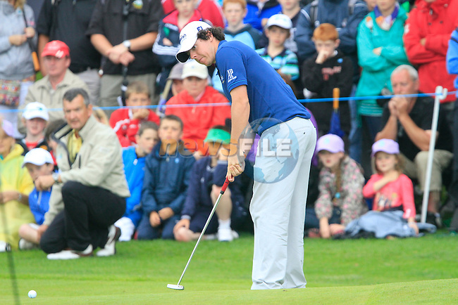 Rory McIlroy putts on the 18th green during Day 2 of the 3 Irish Open at the Killarney Golf & Fishing Club, 30th July 2010..(Picture Eoin Clarke/www.golffile.ie)