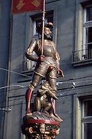 Schweiz, Schuetzenbrunnen in der Marktgasse in Bern, Unesco-Weltkulturerbe