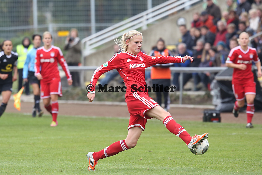 Carina Wenninger (Bayern) - 1. FFC Frankfurt vs. FC Bayern München