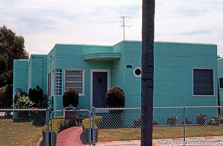 San Diego: Thirties Moderne House, National City. Photo '80.