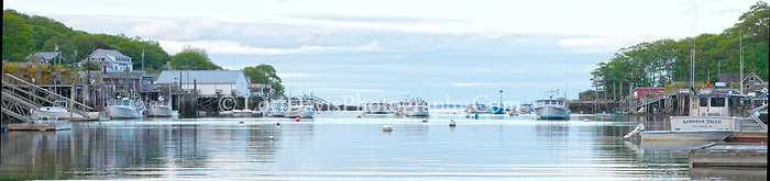 Lobster Tales, New Harbor (panoramic)