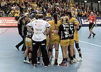 Handball Champions League  Frauen Damen - HCL HC Leipzig : HYPO Niederösterreich - Arena Leipzig - im Bild: Auszeit / Time out / timeout / Team spirit / Traineransprache / Motivation / Teamgeist / Taktik. Foto: Norman Rembarz...