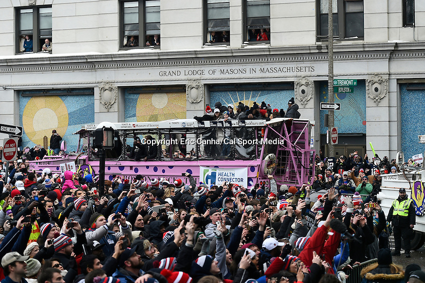 February 4, 2015 - Boston, Massachusetts, U.S. -  A duck boat carrying members of the New England Patriots turns onto Tremont Street during a parade held in Boston to celebrate the team's victory over the Seattle Seahawks in Super Bowl XLIX. Eric Canha/CSM