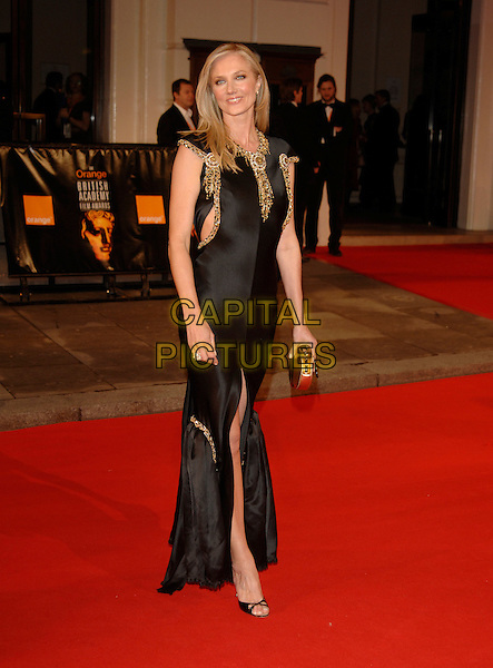 JOELY RICHARDSON.Red Carpet Arrivals at The Orange British Academy Film Awards (BAFTA's) held at the Royal Opera House, Covent Garden, London, England, February 11th 2007..full length black dress joley.CAP/PL.©Phil Loftus/Capital Pictures
