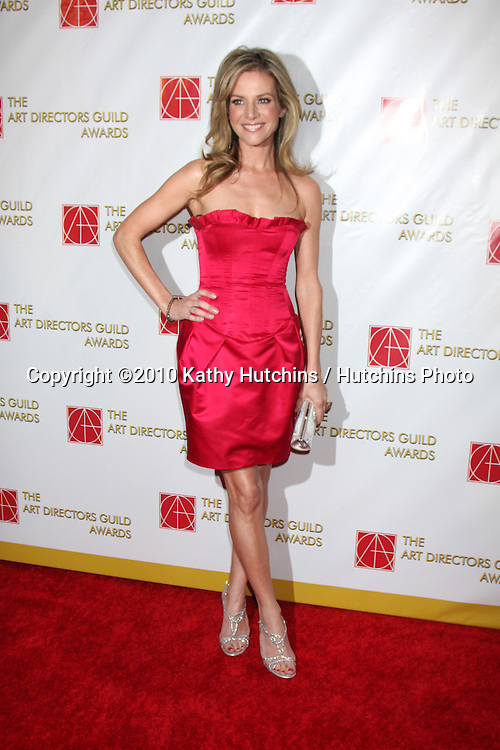 Jessalyn Gilsig.arriving at the 14th Snnual Art Directors Guild Awards.Beverly Hilton Hotel.Los Angeles, CA.February 13, 2010.©2010 Kathy Hutchins / Hutchins Photo....