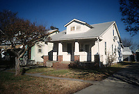 1996 January 08..Conservation.Ballentine Place...BEFORE REHAB.2620 BALLENTINE BLVD...NEG#.NRHA#..