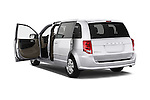 Car images of 2017 Dodge Grand-Caravan SE 5 Door Minivan Doors