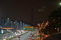 SAO PAULO, SP, 29 MARÇO DE 2014 - HORA DO PLANETA -  As luzes do Obelisco do Ibirapuera em São Paulo, foram apagadas na noite deste sábado (29) para participar da Hora do Planeta. (Foto: Levi Bianco - Brazil Photo Pess)