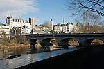 20080110 - France - Aquitaine - Pau<br /> LE CHATEAU DE PAU ET LE PARLEMENT DE NAVARRE VU DU PONT DU 14 JUILLET.<br /> Ref : PAU_024.jpg - © Philippe Noisette.