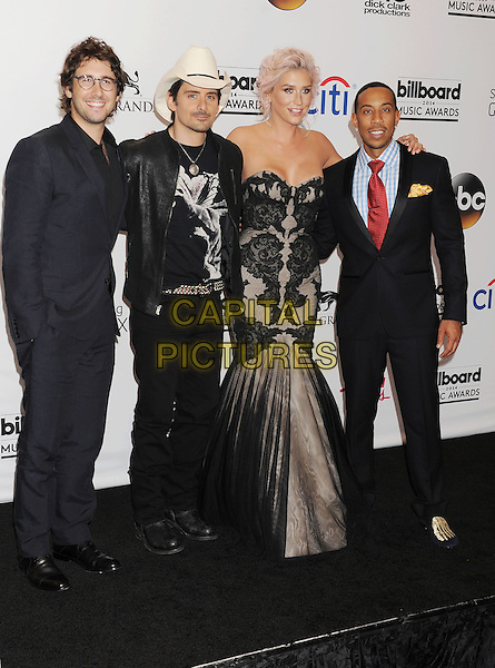 LAS VEGAS, CA- MAY 18: (L-R) Singers Josh Groban, Brad Paisley, Kesha and host/rapper/actor Chris 'Ludacris' Bridges pose  in the press room at the 2014 Billboard Music Awards at the MGM Grand Garden Arena on May 18, 2014 in Las Vegas, Nevada.<br /> CAP/ROT/TM<br /> &copy;Tony Michaels/Roth Stock/Capital Pictures