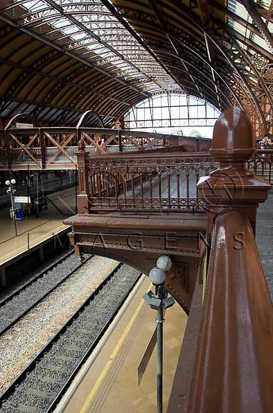 Estação da Luz - estação ferroviária multimodal - metro-ferroviária, São Paulo -  SP, 04/2014.