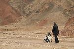 Israel, Eilat Mountains, a morning stroll in Nahal Shlomo