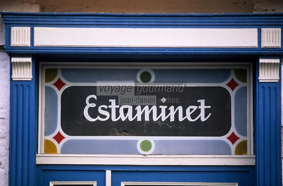 Europe/France/Nord-Pas-de-Calais/59/Nord/Flandre/Cassel: Détail de l'enseigne d'un estaminet sur la Grand Place