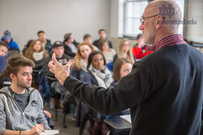 "Feb. 17, 2015; Kroc Institute professor Patrick Regan teaches undergraduate ""Issues in Global Politics"" course. (Photo by Matt Cashore/University of Notre Dame)"