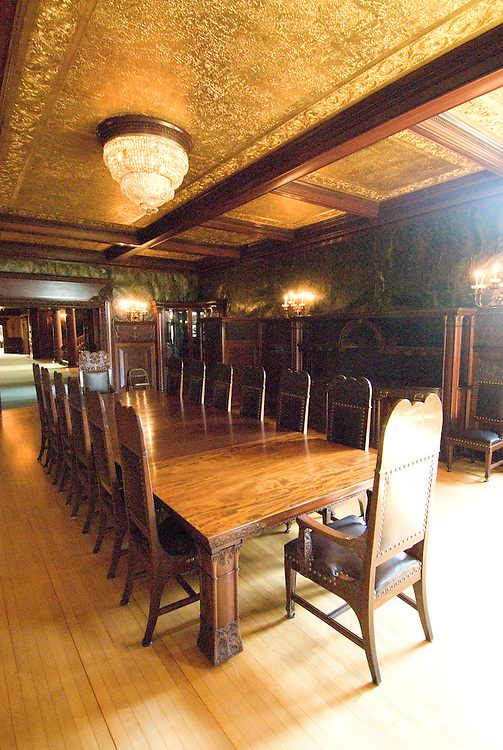 Minnesota, Twin Cities, Minneapolis-Saint Paul: Interior of the mansion of railroad tycoon James J Hill on Summit Avenue in Saint Paul..Photo mnqual322-75056..Photo copyright Lee Foster, www.fostertravel.com, 510-549-2202, lee@fostertravel.com.