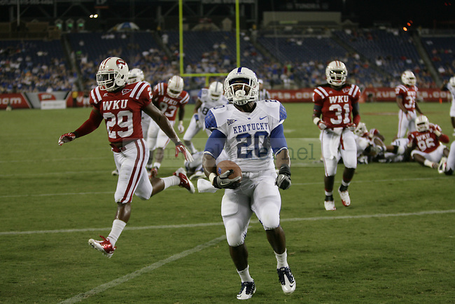 UK tailback Josh Clemons celebrates his touchdown during the first half of UK's season opener against Western Kentucky at LP Field in Nashville, Tennessee. Monday, Sept. 1, 2011 in Lexington, Ky.  Photo by Brandon Goodwin | Staff