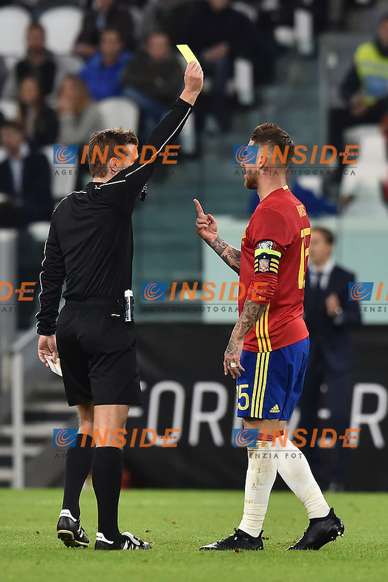 Yellow Card Sergio Ramos Spain, Felix Brych Germany <br /> Torino 06-10-2016 Juventus Stadium <br /> World Cup Qualifiers Italy - Spain / Italia - Spagna. Foto Andrea Staccioli / Insidefoto