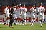 kollektiver Torjubel  nach dem Tor <br />zum 1-1 von Rouwen HENNINGS (Fortuna Duesseldorf).<br /><br />Fussball 1. Bundesliga, 33.Spieltag, Fortuna Duesseldorf (D) -  FC Augsburg (A), am 20.06.2020 in Duesseldorf/ Deutschland. <br /><br />Foto: AnkeWaelischmiller/Sven Simon/ Pool/ via Meuter/Nordphoto<br /><br /># Editorial use only #<br /># DFL regulations prohibit any use of photographs as image sequences and/or quasi-video #<br /># National and international news- agencies out #