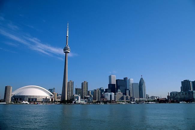 CANADA, ONTARIO, TORONTO, SKYLINE WITH CN TOWER & SKY DOME
