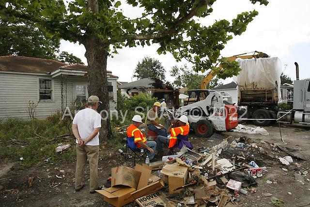 Saint Bernards Parish, Louisiana.May 27, 2006..Demolition teams work at leveling as many as 6,000 homes in St. Bernard's Parish damaged by hurricane Katrina in August of 2005..