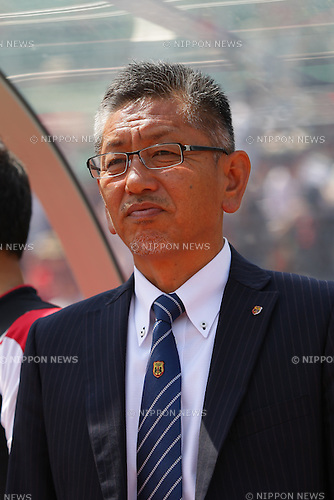 Takeo Matsuda  (Leonessa), April 30, 2016 - Football / Soccer : Head Coach Takeo Matsuda of INAC Kobe Leonessa looks on prior to the Nadeshiko League match between Urawa Reds Ladies and INAC Kobe Leonessa at Urawa Komaba Stadium in Saitama, Japan (Photo by AFLO)