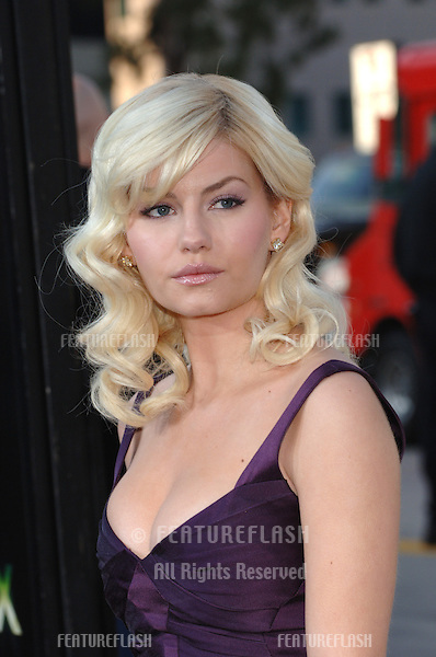 Actress ELISHA CUTHBERT at the Los Angeles premiere for her new movie House of Wax..April 26, 2005 Los Angeles, CA..© 2005 Paul Smith / Featureflash