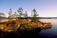 Coastline along Pacific West Coast at Mermaid Cove, Saltery Bay Provincial Park, near Powell River on the Sunshine Coast, British Columbia, Canada