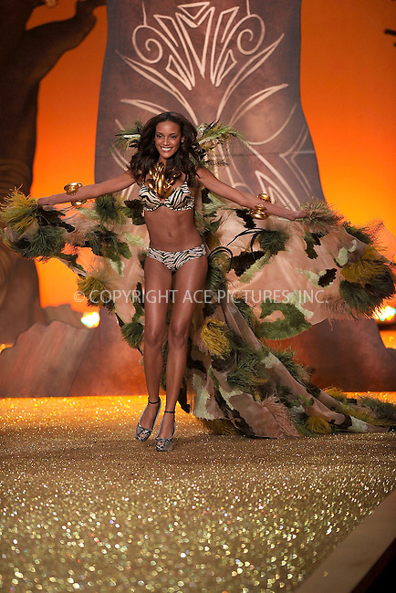 WWW.ACEPIXS.COM . . . . .....November 10 2010, New York City....Selita Ebanks on the runway during the 2010 Victoria's Secret Fashion Show at the Lexington Armory on November 10, 2010 in New York City.  ....Please byline: KRISTIN CALLAHAN - ACEPIXS.COM.. . . . . . ..Ace Pictures, Inc:  ..(212) 243-8787 or (646) 679 0430..e-mail: picturedesk@acepixs.com..web: http://www.acepixs.com