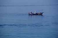 France/Corse/Corse-du-Sud/2A/Ajaccio: Pointu à la pêche dans le golfe d'Ajaccio