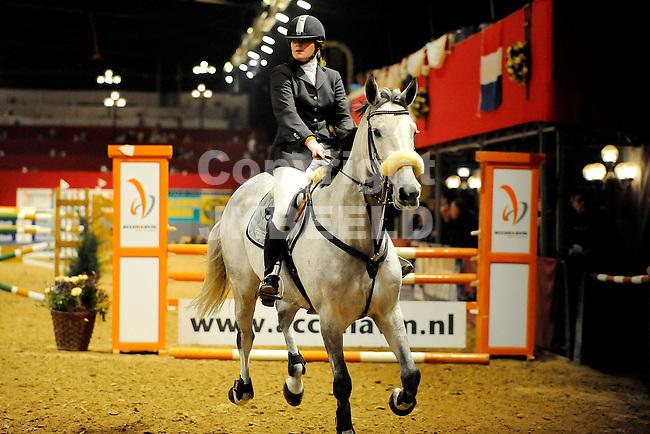 paardensport indoor veendam van oostenprijs klasse zz 03-01-2009 tabitha verburg met that 's the way i am.fotograaf jan kanning