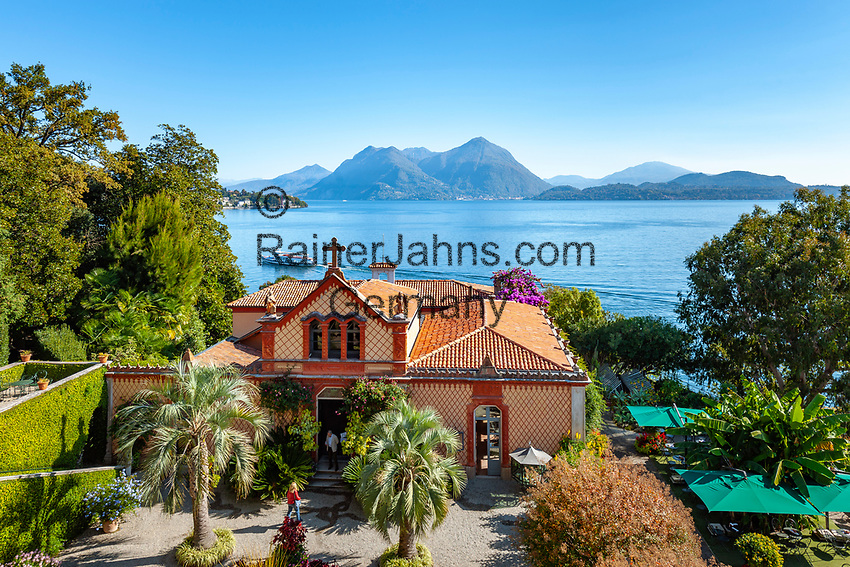 Italy, Piedmont, near Stresa: Isola Madre, the largest of the five Borromean Islands (Isole Borromee) of lake Lago Maggiore, park and family chapel of Palazzo Madre | Italien, Piemont, bei Stresa: Isola Madre, die groesste der fuenf Borromaeischen Inseln im Lago Maggiore, Park und Familienkapelle des Palazzo Madre, heute ein Museum