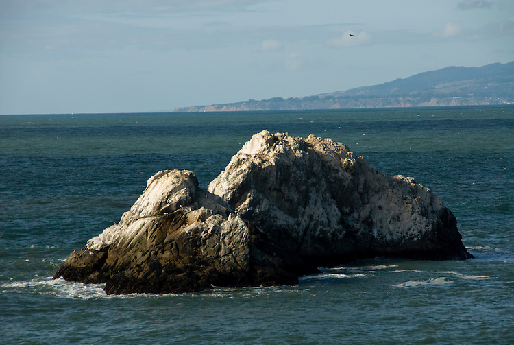 California: San Francisco. Seal Rock at Cliff House Restaurant at Ocean Beach. Photo copyright Lee Foster. Photo #: 25-casanf75740