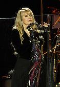 Sep 27, 2013: FLEETWOOD MAC - O2 Arena London