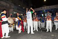 SAO PAULO, SP, 26 DE AGOSTO DE 2012 - CULTURA - 7 Festival da Cultura Coreana - A Escola de Samba Maria faz apresentacao no Festival que ocupa a Rua Lubavitch,  no bairro do Bom Retiro, zona central da cidade e  traz várias atrações relacionadas à Cultura Coreana que em 2013 celebrara 50 anos de Imigração no Brasil. FOTO RICARDO LOU - BRAZIL PHOTO PRESS