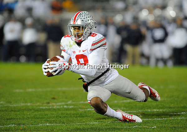 22 October 2016:  Ohio State CB Gareon Conley (8). The Penn State Nittany Lions upset the #2 ranked Ohio State Buckeyes 24-21 at Beaver Stadium in State College, PA. (Photo by Randy Litzinger/Icon Sportswire)