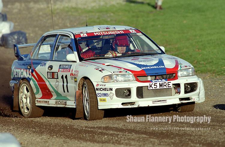 Pix: Shaun Flannery/shaunflanneryphotography.com...COPYRIGHT PICTURE>>SHAUN FLANNERY>01302-570814>>07778315553>>..1995 Network Q RAC Rally..19th November - 22nd November 1995..Tommi Makinen & Seppo Harjanne..Mitsubishi Lancer Evo III.Mitsubishi Ralliart