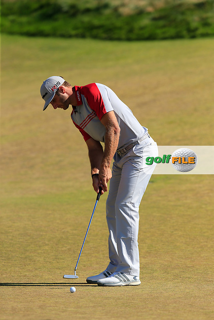 Dustin JOHNSON (USA) takes his birdie putt on the 9th green during Saturday's Round 3 of the 2015 U.S. Open 115th National Championship held at Chambers Bay, Seattle, Washington, USA. 6/21/2015.<br /> Picture: Golffile | Eoin Clarke<br /> <br /> <br /> <br /> <br /> All photo usage must carry mandatory copyright credit (&copy; Golffile | Eoin Clarke)