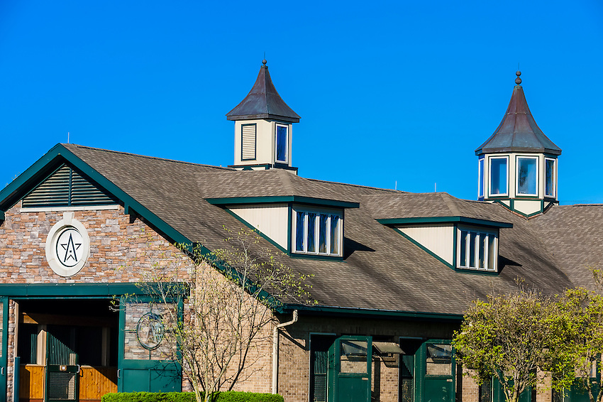 Stables, Winstar Farm, Versailles (Lexington), Kentucky USA.