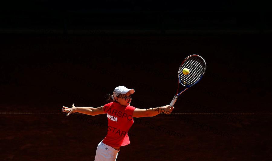 Tenis, World Championship U-14.USA-Austria.Jaqueline Zagler, returnes.Prostejov, 02.08.2010..foto: Srdjan Stevanovic/Starsportphoto ©